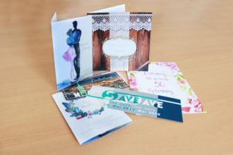Gestaltung und Digitaldruck von Einladungs- und Save-the-Date-Karten
